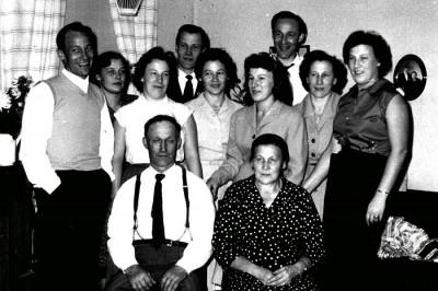Familjen Ebba och Gustav Eriksson.