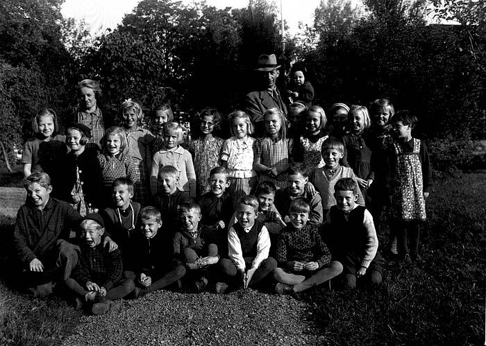 Bya skola 1941