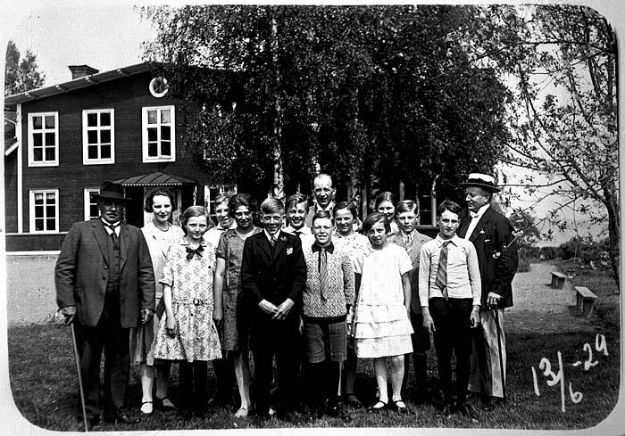Bya skola 1929