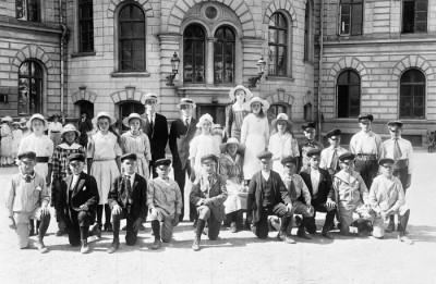 År 1919