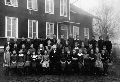År 1913