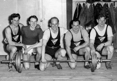 VIF:s 1950-tals lag. fr.v.: Lennart Hedin, Ture Söderqvist, Dan Ericson, Birger Lundgren, Karl-Åke Hagman