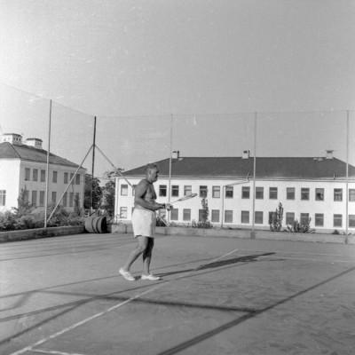 Kalle Schröder, tennistränare 1956