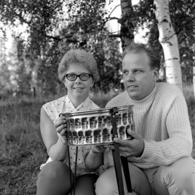 Märtha Granberg - ofta vinnare under årens lopp - här tillsammans med en annan entusiast, Karl-Erik Svedlund.