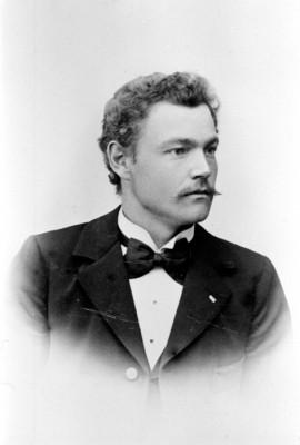 Edvard Bäcklund