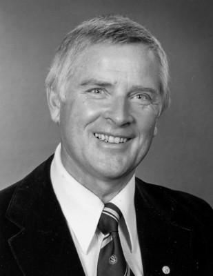 Åke Lindholm