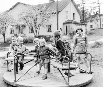Ny karusell till glädje för barnen