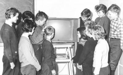 Tv-premiär i skolan