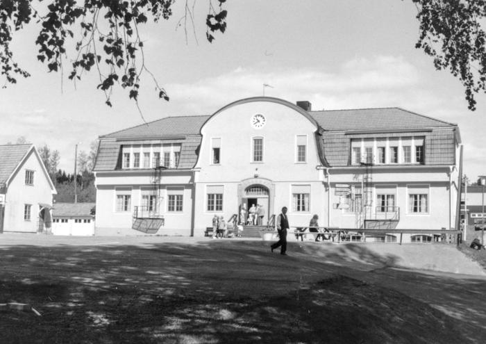 """Brukets """"universitet"""" av anno 1916"""