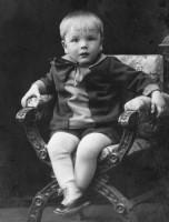 Karl-Gösta, 2 år